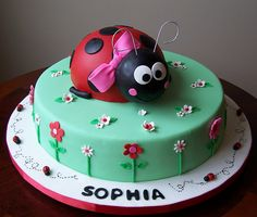 ladybird cake no. Ladybug Cakes, Owl Cakes, Ladybird Cake, Ben And Holly, Birthday Cake Girls, Birthday Cakes, Chocolate Art, Party Cakes, Let Them Eat Cake