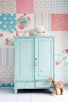 Vintage furniture! Cute girls room!