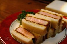 GINZA1954 カツサンド (2376円)   銀座で食べたいオススメのカツサンド5軒 Around The World Food, Tonkatsu, Pork Cutlets, Cute Food, Asian Recipes, French Toast, Sandwiches, Food And Drink, Beef