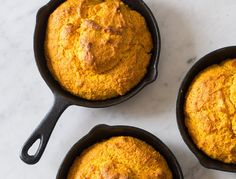 The Fall Dish: Spoon Fork Bacon's Pumpkin Cornbread Recipe.This shit is so festive. Pumpkin Cornbread Recipe, Skillet Cornbread, Pumpkin Puree, Pumpkin Recipes, Cornbread Recipes, Spoon Fork Bacon, Cozy Meals, Fall Dishes, Cast Iron Cooking