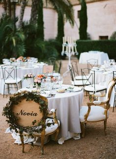 Magnificent Spanish wedding at Hacienda Molinillos | magnificent and extravagant destination wedding in the beautiful Seville, Spain
