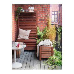 IKEA ÄPPLARÖ storage bench, outdoor Perfect for storing gardening tools and plant pots. Balcony Bench, Condo Balcony, Apartment Balcony Decorating, Balcony Furniture, Apartment Balconies, Outdoor Furniture Sets, Balcony Privacy, Small Balcony Design, Small Balcony Decor