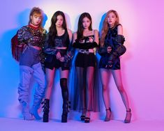 The hottest male and female idol groups currently: BTS, BLACKPINK compete with each other on the throne, but these two groups are shocking. - The hottest male and female idol groups currently: BTS, BLACKPINK compete with each other on the th - Kpop Girl Groups, Korean Girl Groups, Kpop Girls, Yg Entertainment, Mamamoo, Memes Blackpink, Zeina, Pochette Album, Black Pink Kpop