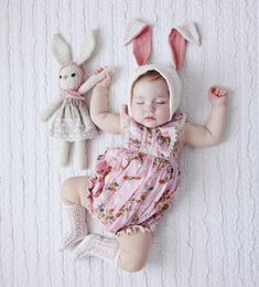 Watch my high lights for a dancing bunny! Check my stories and highlights for BTS Toddler Easter Outfits, Easter Outfit For Girls, Bunny Girls, Cute Kids, Cute Babies, Bunny Outfit, Foto Baby, Cute Baby Pictures, Baby Girl Fashion