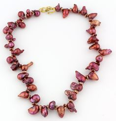 Sideways Chipped Baroque Pearls Necklace; pink, coppery, and bronzy pearls; gold tone clasp by Gemjunky1 on Etsy