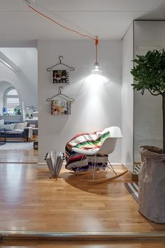This tiny apartment design is just packed full of charm! Between the architectural design and the interior design,this home is unique from start to finish. Interior Exterior, Home Interior Design, Interior Decorating, Rooftop Design, Shabby Chic Sofa, My Ideal Home, Trendy Home Decor, Decoration Design, Apartment Design