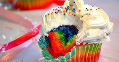 Cupcakes não podem faltar na sua festa... Não importa se é niver de criança, chá de bebê, chá de panela, casamento, batizado e etc... Eles s...