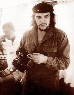 """Che Guevara, commonly known as """"El Che"""", worked as a photographer before turning into the world's most famous revolutionary. He frequently used a combination of a Nikon S, Zenit 3M or Plaubel Makina. In this photograph, he is using his Nikon S with Nikkor-S 50mm f/1.1 lens."""