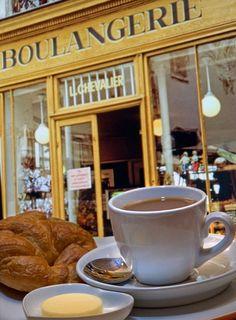 Petit-dejeuner in Frankrijk https://www.hotelkamerveiling.nl/hotels/frankrijk.html  #Vakantie #Frankrijk