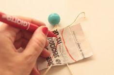 DIY: Flacas Voladoras: Pepita Paper Clay, Paper Art, Wire Crafts, Paper Crafts, Art Lessons Elementary, Clay Dolls, Wire Art, Paper Cutting, Paper Dolls