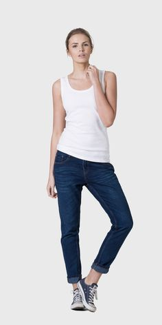 The White T-Shirt Co | 100% organic cotton vest