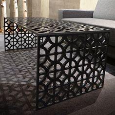 Designový stůl na zakázku, stylový interiér, moderní funkcionalismus UTABLE