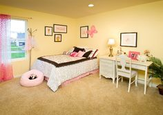 Girl's Room with desk next to bed as bedside table #mykch-dreamhome