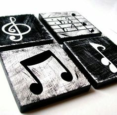 "Here are 39 great music themed decorating ideas from all around the web. [gallery Posted below are 39 great music themed decorating ideas from all around the web. Check out these links: DIY CD Wall Art DIY CD Curtain DIY How to Cut CDs [gallery ids=""… Cd Diy, Diy Décoration, Music Crafts, Diy Crafts, Home Crafts, Cd Wall Art, Music Wall Art, Music Wall Decor, Music Studio Decor"