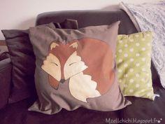 "Mzell Chichi: DIY qui fait ""Grrrr!"": un renard peint sur tes coussins! [Fall&Fantasy]"
