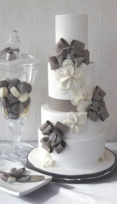 Four-tiered cake with gumpaste ribbon flowers. J'Adore Cakes Co., Toronto, ON, Canada