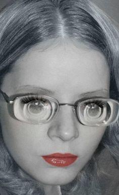 Geek Glasses, Girls With Glasses, Amazing, Health, Rings, Model, Fashion, Eyes, Eyewear