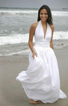 I thought Lauren might like this Marilyn Monroe inspired wedding dress. ;) @Lauren Mooney