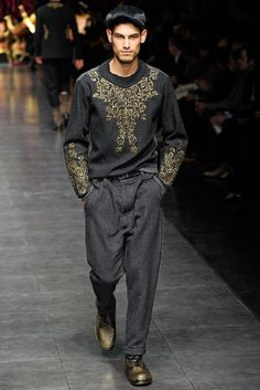 Dolce & Gabbana Fall 2012 Menswear Collection Photos - Vogue