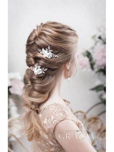 Picking Up Bridal Hair Half Up Half Down Style for Short Hair #topgraciawedding #bridalhair #halfup #halfdown #style #shorthair