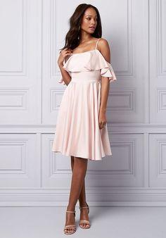 01e2b0131c8 LE CHÂTEAU Wedding Boutique Bridesmaid Dresses