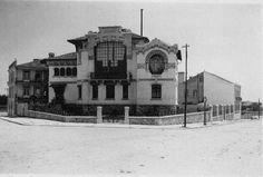 Manuel Joaquim Norte Júnior (1878-1962). Casa Malhoa / Casa-Museu Dr. Anastácio Gonçalves. 1904-1905. Avenida 5 de Outubro, n.º 6-8, Lisbon, Portugal | Photo @ Dias que Voam. http://diasquevoam.blogspot.pt/2008/05/fitai.html