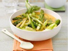 Raffiniertes grünes Spargel-Thaicurry
