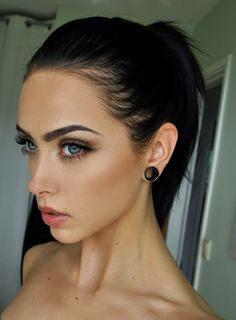 I love the lip piercing