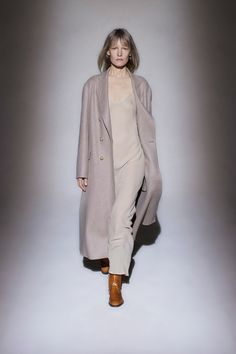 The Row Fall 2016 Ready-to-Wear Fashion Show - Look 4 Fashion Week 2016, Fashion Show, The Row, Style Casual, My Style, Mary Kate Olsen, Winter Looks, Fall Winter, Vogue Paris
