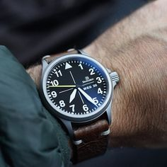 REPOST!!!  Coats come out for the first proper cold day (for Melbourne anyway ) for the year #Damasko #pilotwatch #fieldwatch #militarywatch #damaskoda36 #da36 #germanwatch #wis #calibre61 #womw #watchnerd #mensstyle #klocksnack #instawatch #watchoftheday #watches #horology #watchoftheday #watchgeek #practicalwatch #watchesofinstagram #wornandwound @wornandwound @damasko_uhrenmanufaktur #hodinkee #tidssonen  repost | credit: ID @selenelion (Instagram)