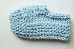 Cloud Slippers : Cloud Slippers: 10 Steps (with Pictures) Best Picture For stricken Knit Slippers Free Pattern, Crochet Slipper Pattern, Knitted Slippers, Knitted Hats, Knitting Socks, Hand Knitting, Crochet Socks, Knitting Machine, Lion Brand Wool Ease