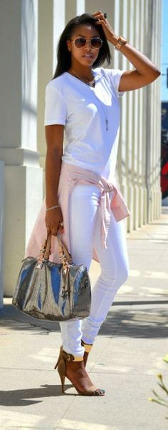 Pin on ♥ women's wear daily chic ♥ All White Outfit, White Outfits, Summer Outfits, Casual Chic, Casual Wear, Girl Fashion, Fashion Outfits, Womens Fashion, Street Chic