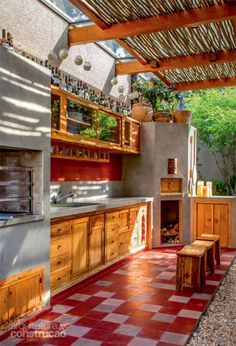 "Excellent ""outdoor kitchen designs layout patio"" detail is offered on our site. Backyard Kitchen, Outdoor Kitchen Design, Summer Kitchen, Outdoor Rooms, Outdoor Living, Architecture Design, Backyard Pavilion, Deco Design, Interior And Exterior"