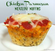 A mini spin on an old classic! These Chicken Parmesan Meatloaf Muffins will be a hit for your entire family. yield: 12 MUFFINS Ingredients : 1 ½ lbs raw ground chicken breast (if you have trouble finding Ww Recipes, Low Carb Recipes, Chicken Recipes, Cooking Recipes, Skinny Recipes, Loaf Recipes, Recipies, Recipe Chicken, Healthy Recipes