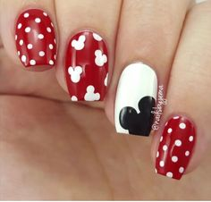 Super Cute Mickey Mouse Nail Art #disney #disneynailart #disneynails #nailart