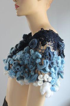 Freeform Crochet Capelet  Wedding Shrug  Wearable par levintovich, $320.00