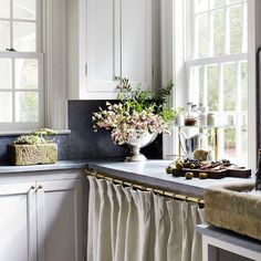 Blogging today from Georgia about the timeless home of Jeannette Whitson