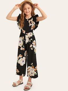 Check out this Girls Ruffle Armhole Floral Wide Leg Jumpsuit on Shein and explore more to meet your fashion needs! Girls Fashion Clothes, Kids Outfits Girls, Cute Girl Outfits, Kids Fashion, Fashion Dresses, Girls Dresses, Jumpsuits For Girls, Long Jumpsuits, Mode Kpop
