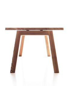 Lando Accento Table in solid wood