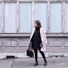Look 6 🌸 Slow Fashion Challenge 🖤 Creating a new outfit every day with garments I already have in my closet! No more #fastfashion purchase! Who's joining me? #SlowFashionChallenge ✨✨✨✨✨✨✨✨ Le challenge est de créer une nouvelle tenue chaque jour avec les vêtements déjà présents dans ma penderie! Le but: arrêter les achats fast fashion! Qui me rejoins? Bisous, Margot thepastelproject.com 📸 @julian.calo  #slowfashion #pink #black #closet #ootd #ontheblog #linkinbio