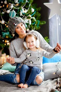 Christmas Mini Sessions, Christmas Minis, Christmas Pictures, Family Christmas, Family Photography, Photography Poses, New Year Photoshoot, Family Photos, My Photos