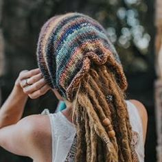 Hand knitted Colourful Dread Tube Beanie! Last one left! Available at mountaindreads.com #dreadtube #dreadbeanie #winterdreads #dreads #dreadlocks #dreadlockstyle #mountaindreads #wonderlocks #lovedreads #dreadaccessories #dreadlocklife
