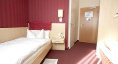 Hotel Garni Deutsches Haus - 3 Star #Guesthouses - $91 - #Hotels #Germany #Bonn #Altstadt http://www.justigo.com.au/hotels/germany/bonn/altstadt/garni-deutsches-haus_215691.html