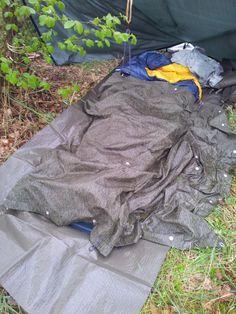 Že má pršet? No a co, přepracování se nějak odventilovat musí. Nejlepší plán je si ustlat někde pod stromem v lese!