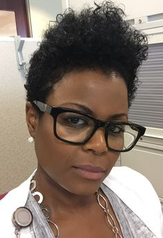 Short Natural Styles, Short Styles, Tapered Natural Hair, Tapered Afro, Au Natural, Cabello Afro Natural, African Hairstyles, Cut Hairstyles, Casual Hairstyles