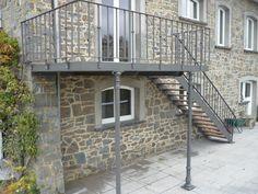 Terrasse suspendue acier