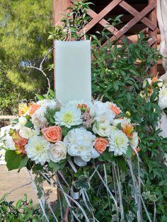 stolismos  lampadas   gamou  me pastel xromata   , vintage  style Pillar Candles, Floral Wreath, Wreaths, Weddings, Home Decor, Vintage, Floral Crown, Decoration Home, Door Wreaths