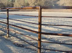 I like this pipe arena. It would be even better if it were one notch shorter - Thick thin thin Thick thin Pasture Fencing, Ranch Fencing, Horse Fencing, Farm Fence, Fences, Cattle Gate, Cattle Panels, Pipe Fence, Metal Fence