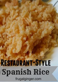Easy recipe for Mexican restaurant Spanish Rice. Just bake it in the oven! Mexican Rice Recipes, Rice Recipes For Dinner, Mexican Dishes, Side Dish Recipes, Mexican Rice Recipe Restaurant Style, Easy Mexican Rice, Easy Recipes, Authentic Mexican Rice, Mexican Cooking