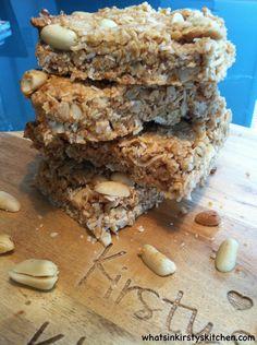 Peanut butter & oat muesli bars Sugar Free Peanut Butter, Peanut Butter Roll, Vegan Gluten Free, Vegan Vegetarian, Muesli Bars, Baking Tins, Shredded Coconut, Tray Bakes, Real Food Recipes